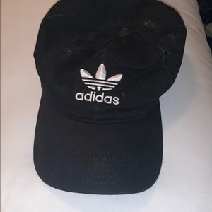 Women's adidas baseball hat in black